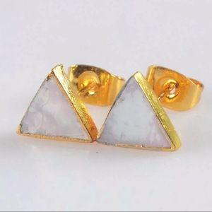 Jewelry - NWOT 14k Gold Triangle White Shell Stud Earrings